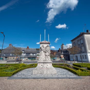 Place-monument-aux-morts-4-©Vincent Ferron